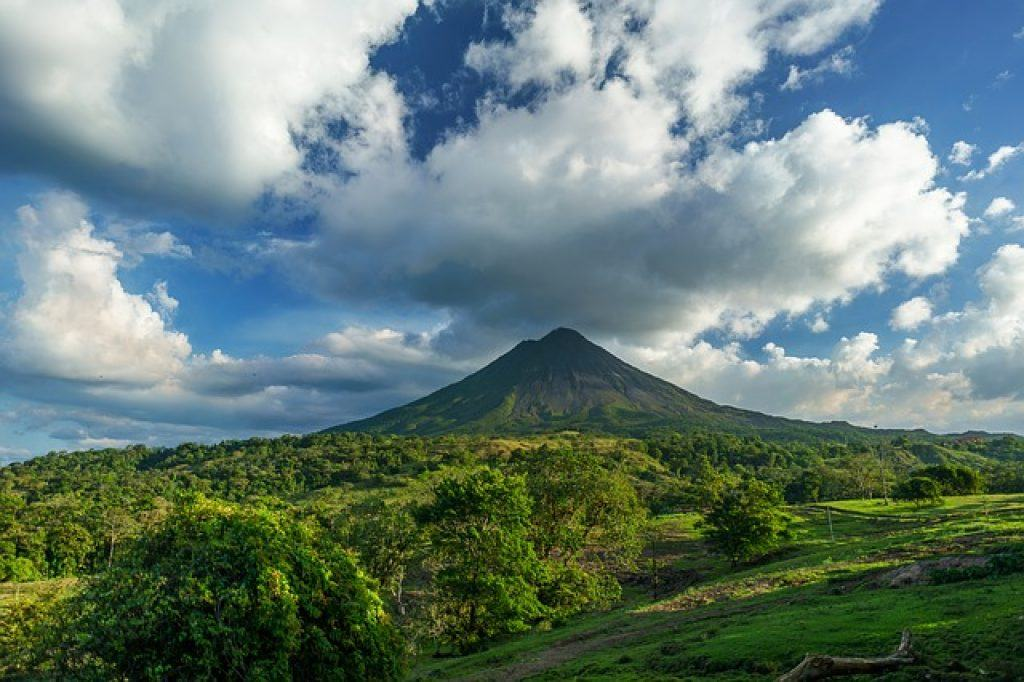 volcano-costa-rica