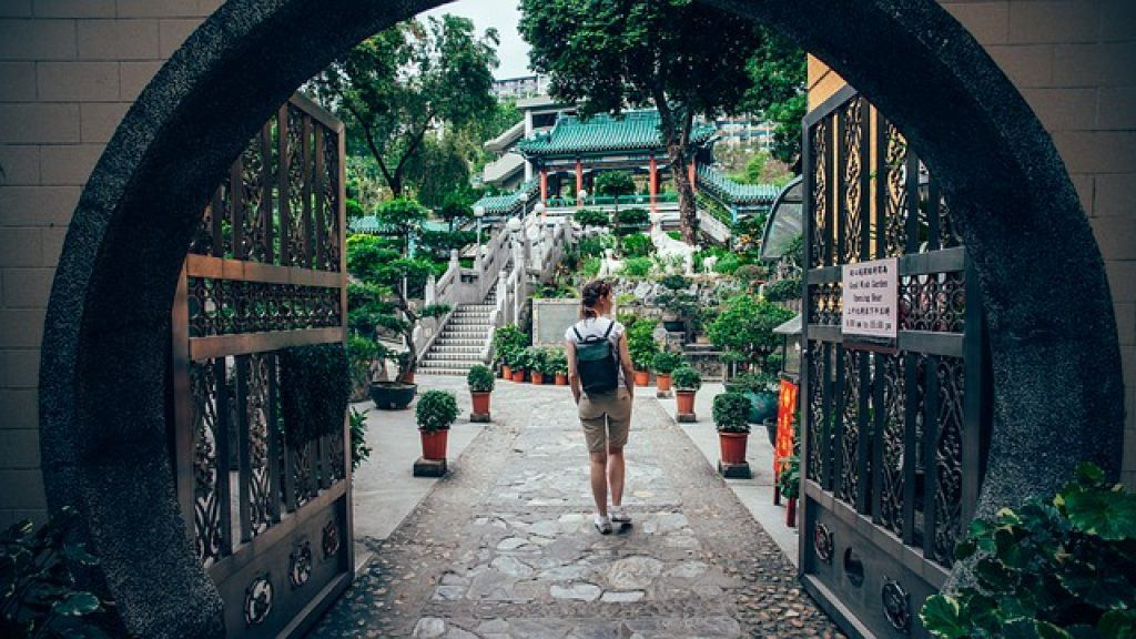 explore-hong-kong-temple