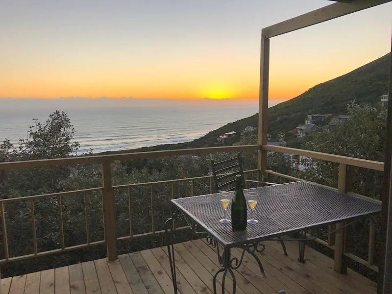 sunset-views-patio-airbnb-cape-town-scarborough