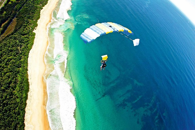 Wollongong Tandem Skydiving from Sydney